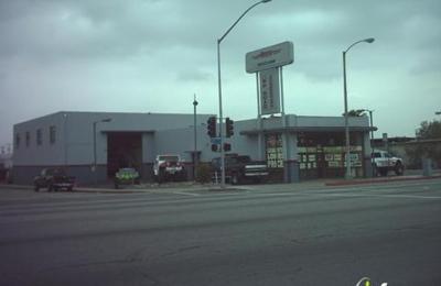 4 Wheel Unlimited - Pomona, CA