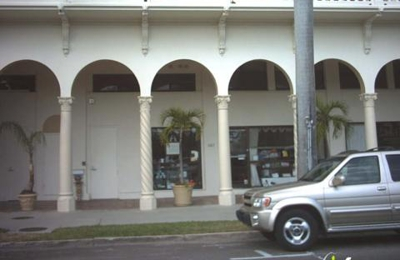 Stationer On Sunrise - Palm Beach, FL