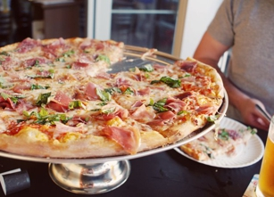 Five Points Pizza in Nashville, TN