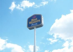 Best Western Plus Marion Hotel - Marion, IL