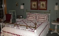 Half Moon Bed & Breakfast