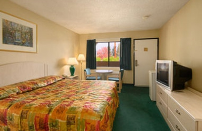 Days Inn Whittier - Whittier, CA