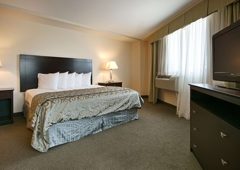 Best Western Plus Philadelphia Airport South at Widener University - Chester, PA