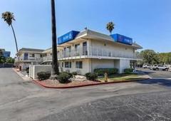 Motel 6 - Pleasanton, CA