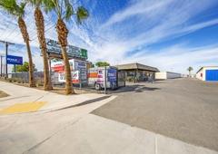 StaxUP Storage   El Centro, CA