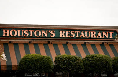 Houston's - Memphis, TN