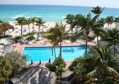 Golden Strand Ocean Villa Resort Association Inc - Sunny Isles Beach, FL