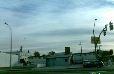 La brea 5 minute express car wash - Inglewood, CA
