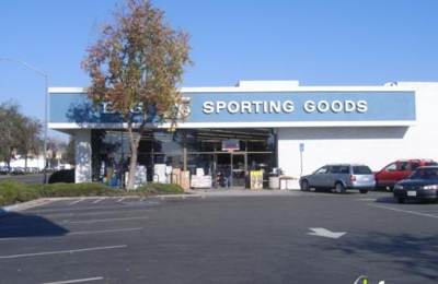 Big 5 Sporting Goods - Fresno, CA