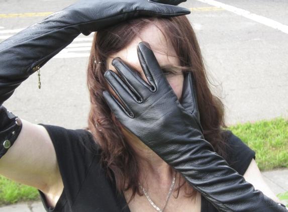 Gloves By Linda Lorraine - Berkeley, CA