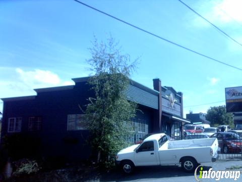 Wild West Cars And Trucks >> Wild West Cars Trucks 8830 Lake City Way Ne Seattle Wa 98115