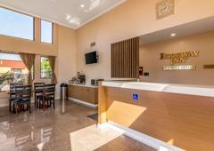 Rodeway Inn Artesia Cerritos - Artesia, CA