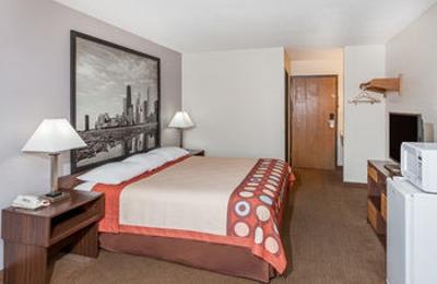 Super 8 Motel   Pekin/Peoria Area   Pekin, IL