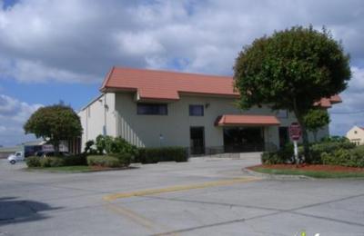 Hudson's Furniture - Sanford, FL
