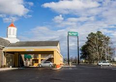 Quality Inn - Dunn, NC