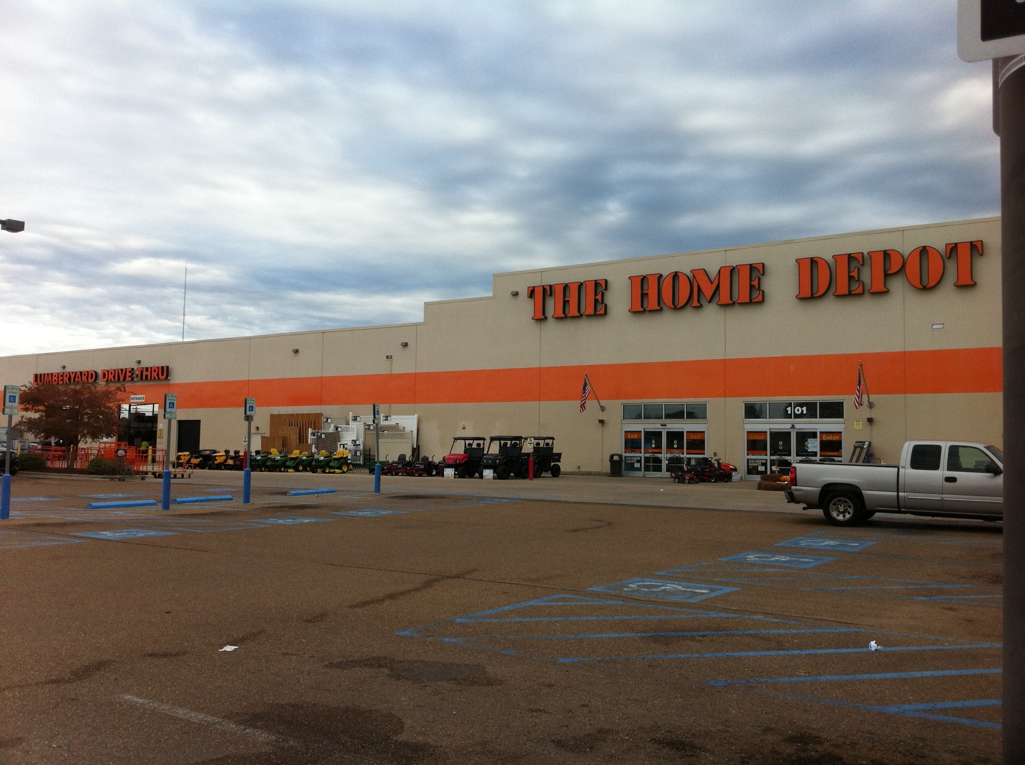 The Home Depot 101 Stribling Dr Brookhaven Ms 39601 Yp Com