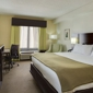 Holiday Inn Express & Suites Tampa-I-75 @ Bruce B. Downs - Tampa, FL