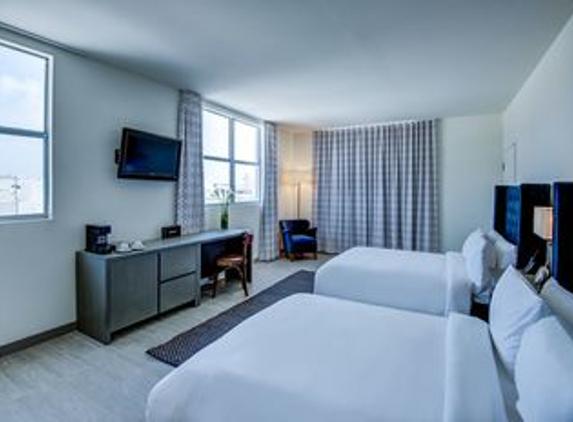 Clinton Hotel South Beach - Miami Beach, FL