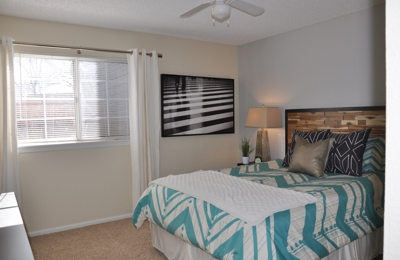 Cottonwood Creek Apartments - Littleton, CO