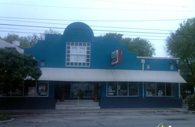 The Twig Book Shop - San Antonio, TX