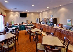 Country Inns & Suites - Hixson, TN