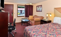 Country Hearth Inn & Suites - Kinston