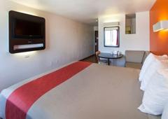 Motel 6 - Los Angeles, CA