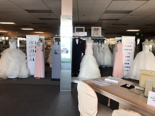 David S Bridal 1980 Hacienda Dr Vista Ca 92081 Yp Com