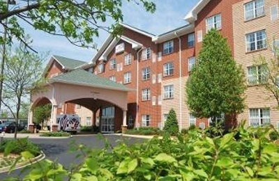 Hawthorn Suites by Wyndham Louisville East - Louisville, KY