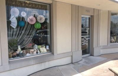 Avalon Stationery & Gifts - Houston, TX