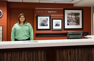 Hampton Inn Madison East Towne Mall Area - Madison, WI