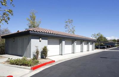 Estancia Apartment Homes - Riverside, CA
