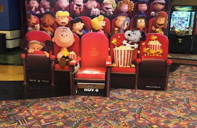 Regal Cinema - Edwards Valencia 12 - Valencia, CA. Inside theater