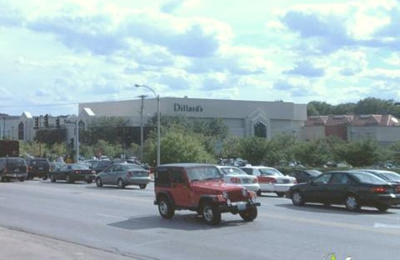 Dillard's - Saint Louis, MO