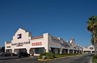 60fbe5ca Orlando Outlet Marketplace 5269 International Dr, Orlando, FL 32819 ...