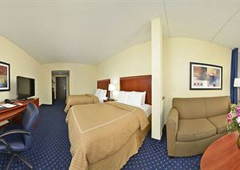 Comfort Suites Outlet Center - Asheville, NC