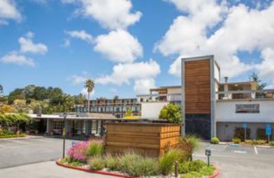 Carmel Mission Inn - Carmel, CA