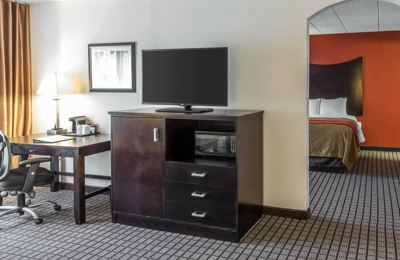 Comfort Inn & Suites BWI Airport - Brooklyn, MD