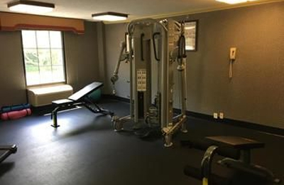 Best Western Plus Towson Baltimore North Hotel & Suites - Towson, MD