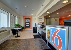 Motel 6 - Windsor Locks, CT