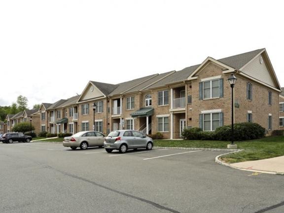 Heritage Court Apartments - Ewing, NJ